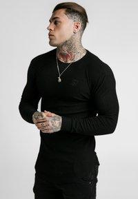 SIKSILK - LONG SLEEVE BRUSHED GYM TEE - Long sleeved top - black - 3