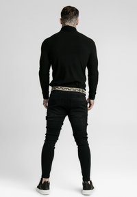 SIKSILK - LONG SLEEVE BRUSHED TURTLE NECK - Pullover - black - 2