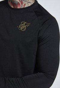 SIKSILK - PERFORMANCE CREW - Top sdlouhým rukávem - black/gold - 3