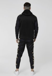 SIKSILK - TRICOT BOMBER JACKET - Bombertakki - black/white/gold - 2