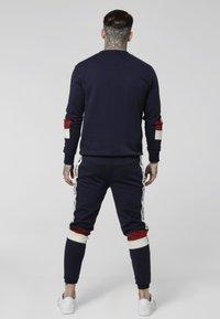 SIKSILK - RETRO PANEL TAPE CREW - Sweater - navy/red/off white - 2