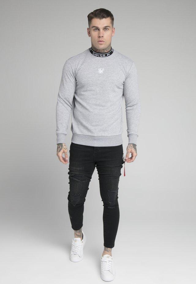 ESSENTIAL HIGH NECK - Sudadera - grey