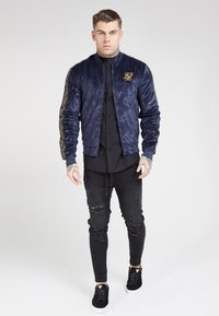 SIKSILK - DEBOSSED  - Veste de survêtement - navy - 1