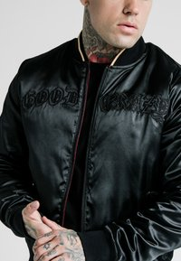 SIKSILK - DANI ALVES REVERSIBLE BOMBER JACKET - Giubbotto Bomber - dark red/black - 7