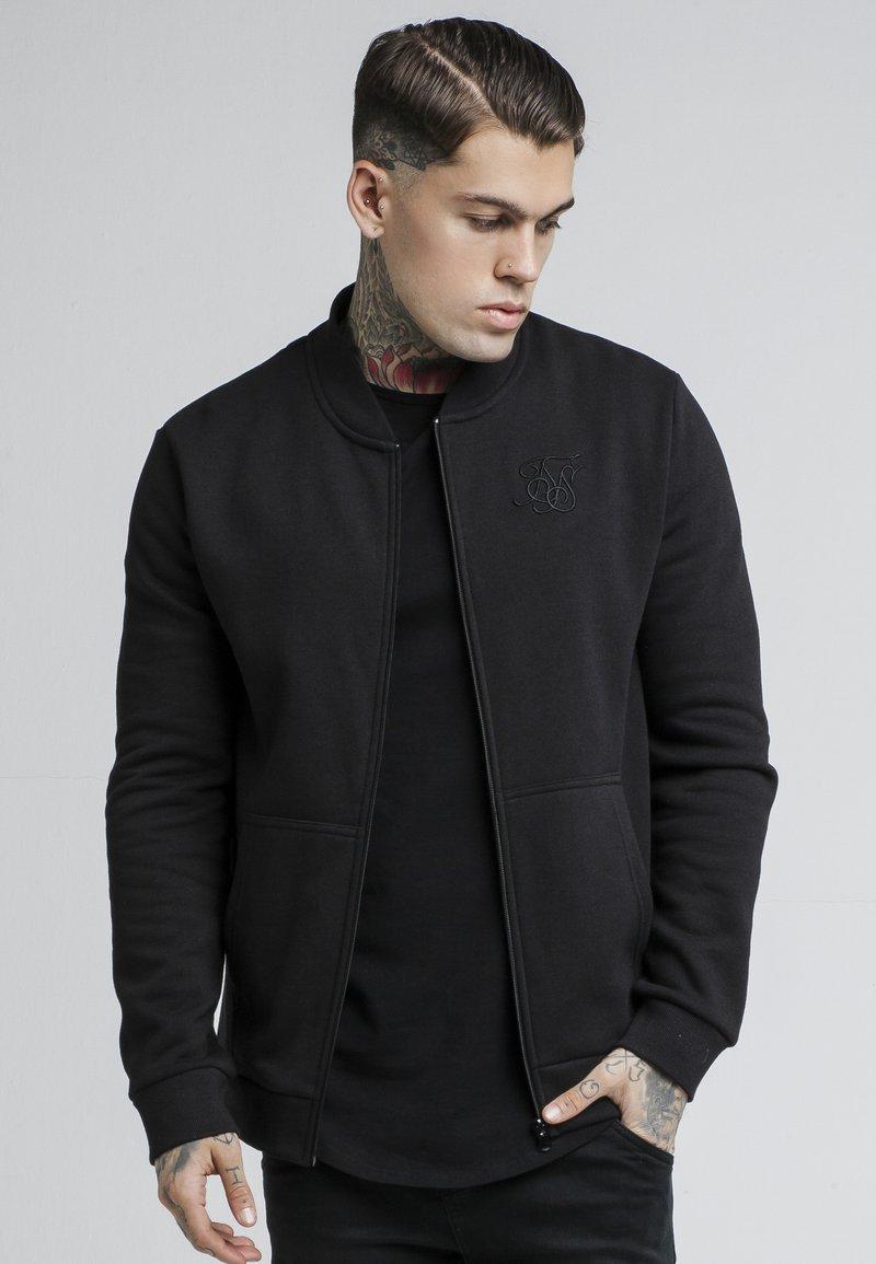 SIKSILK - veste en sweat zippée - black
