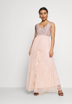 YASMIN - Společenské šaty - blush