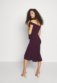 SISTA GLAM PETITE - CLELIAH PETITE - Cocktail dress / Party dress - mulberry - 2