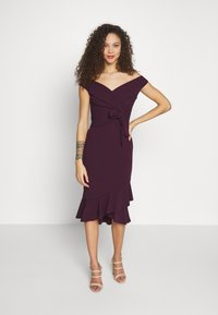 SISTA GLAM PETITE - CLELIAH PETITE - Cocktail dress / Party dress - mulberry - 0