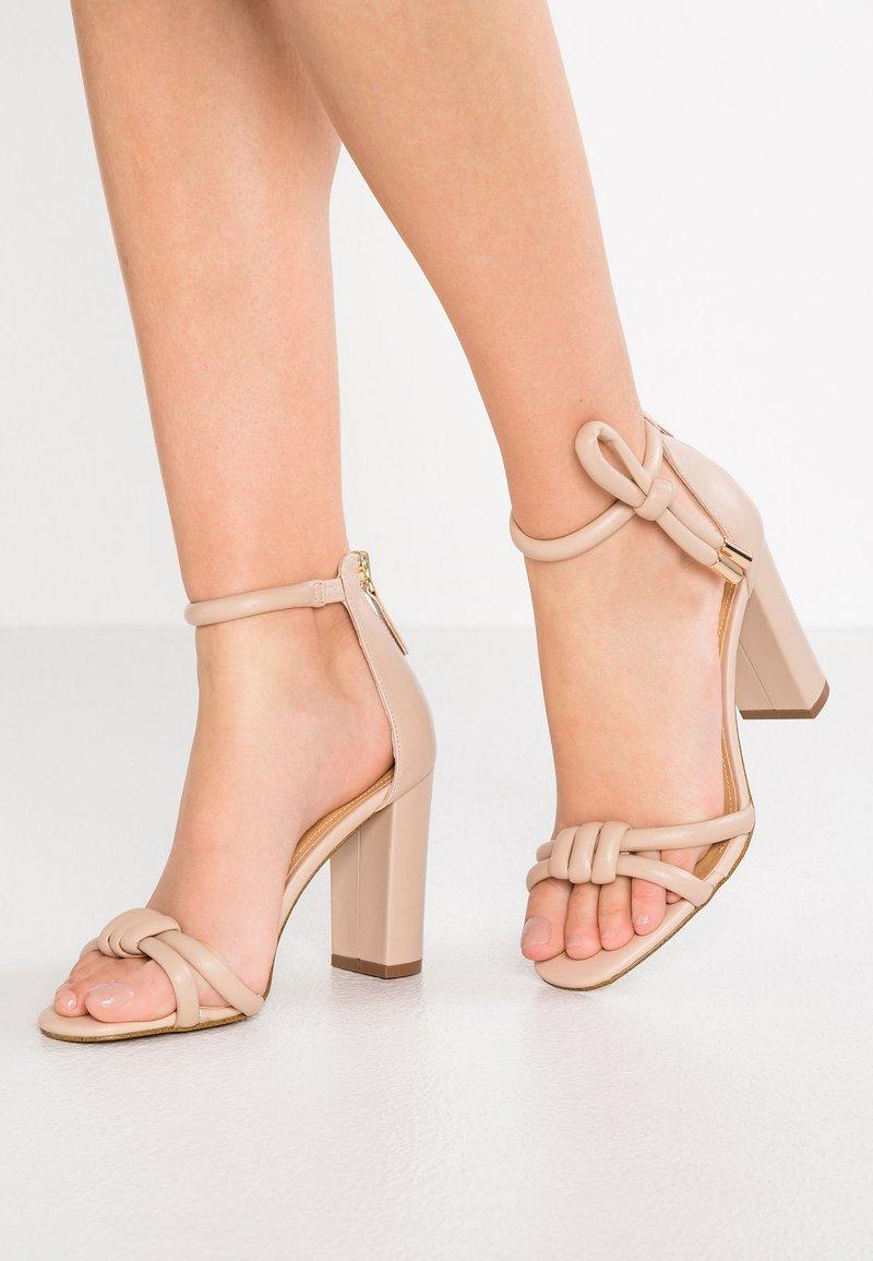 Siren - LEIGH - Sandaler med høye hæler - seashell