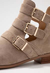 Siren - NICHOL - Ankle boots - taupe - 2
