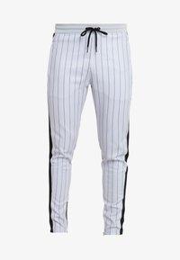 SINNERS ATTIRE - PINSTRIPE - Pantalones deportivos - grey - 5
