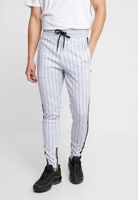 SINNERS ATTIRE - PINSTRIPE - Pantalones deportivos - grey - 0