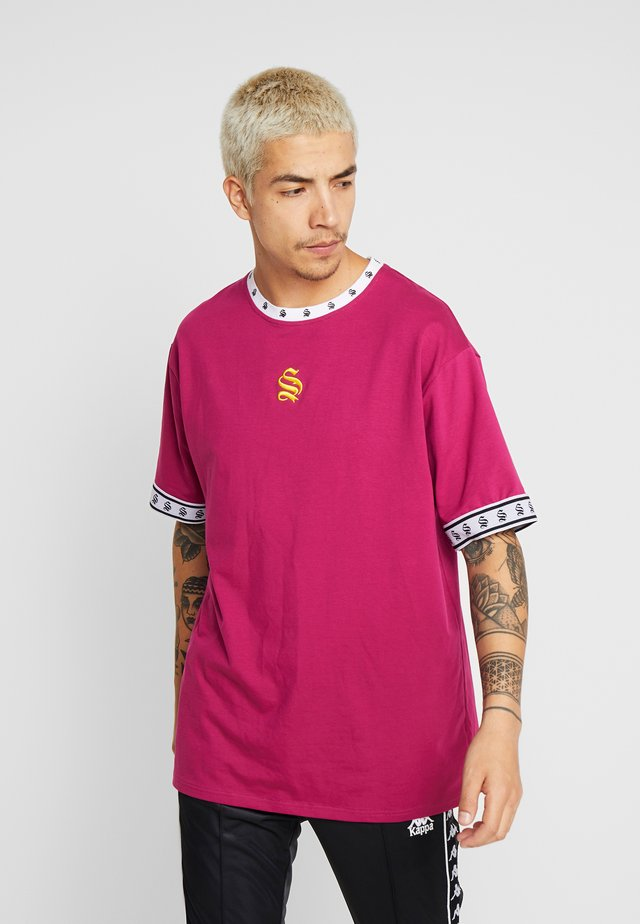 DROP SHOULDER TEE - T-shirts print - purple