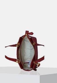 Silvio Tossi - Handbag - bordeaux - 4