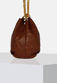 Silvio Tossi - Handbag - dark Whiskey - 3