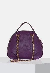 Silvio Tossi - Handbag - purple - 2
