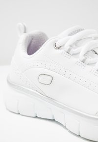 Skechers - SYNERGY 3.0 - Trainers - white/silver - 2
