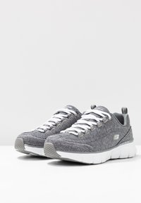 Skechers - SYNERGY STELLBOUND - Zapatillas - grey - 4