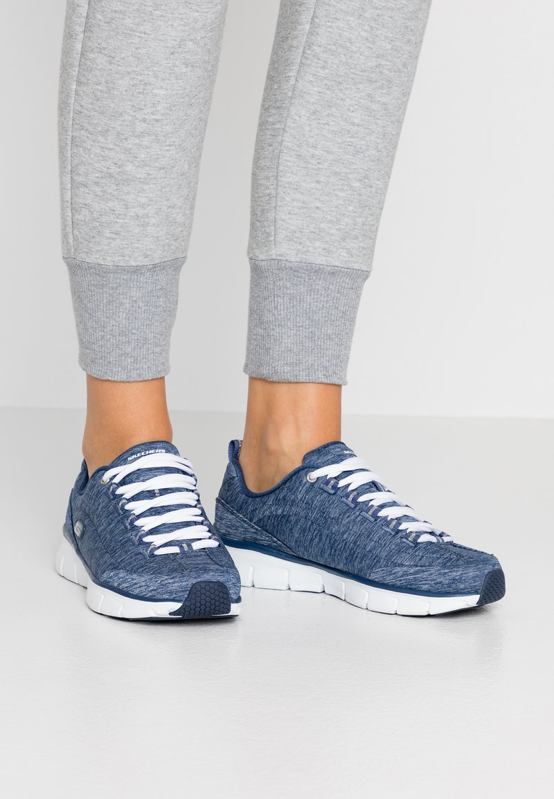 Skechers - SYNERGY STELLBOUND - Trainers - navy