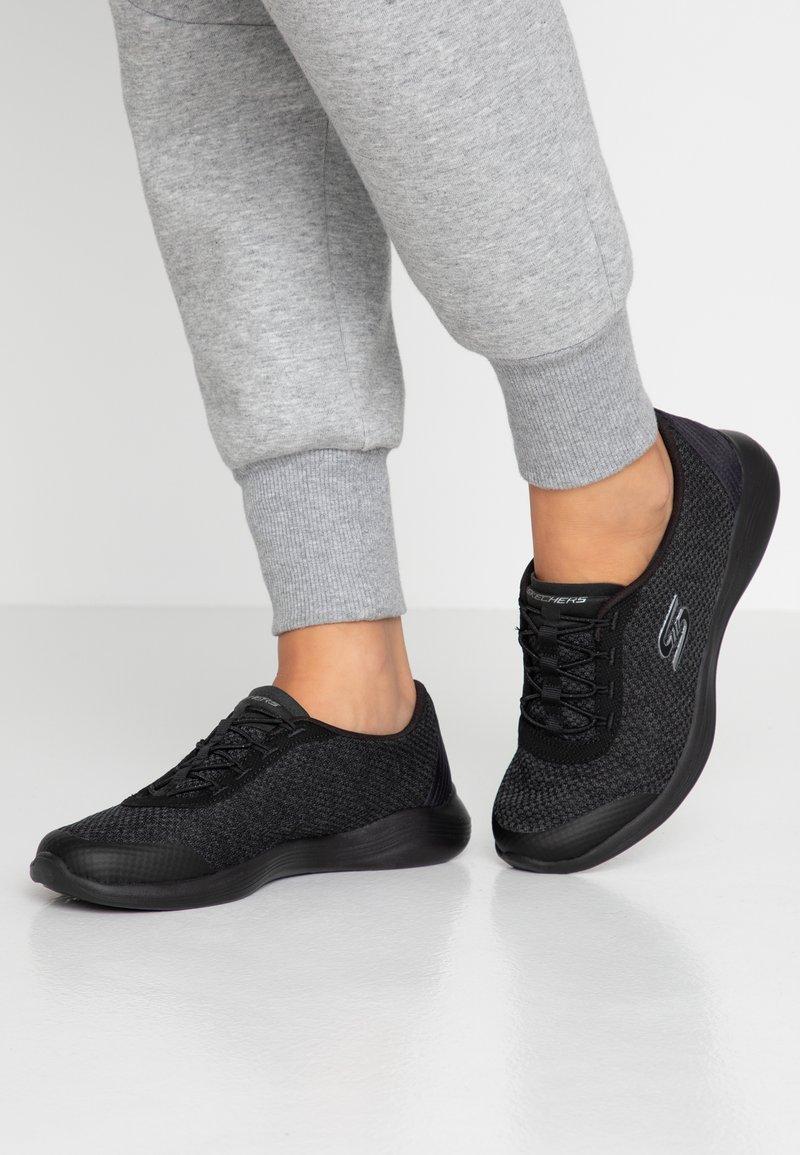 Skechers - ENVY - Mocasines - black/charcoal