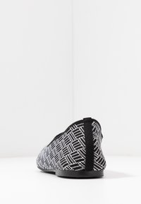 Skechers - CLEO - Ballet pumps - black/white - 5