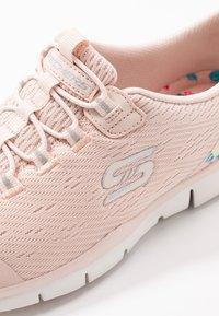Skechers - Loaferit/pistokkaat - light pink/hot melt/offwhite - 2