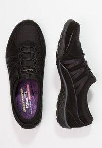 Skechers - BREATH EASY - Slipper - black - 2