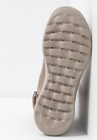 Skechers - ON THE GO JOY - Classic ankle boots - dark taupe - 6