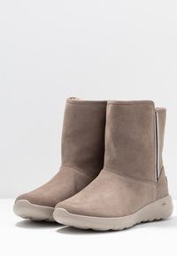 Skechers - ON THE GO JOY - Classic ankle boots - dark taupe - 4