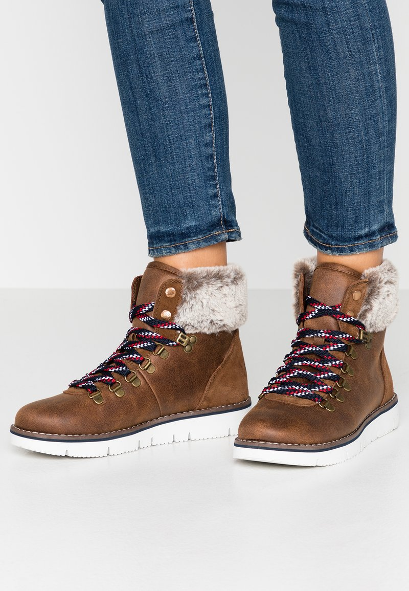 Skechers - BOBS ROCKY - Lace-up ankle boots - brown