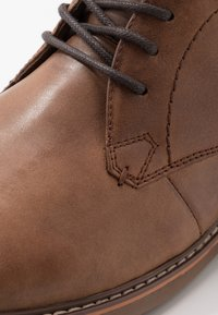 Skechers - BREGMAN - Lace-up ankle boots - cognac - 5