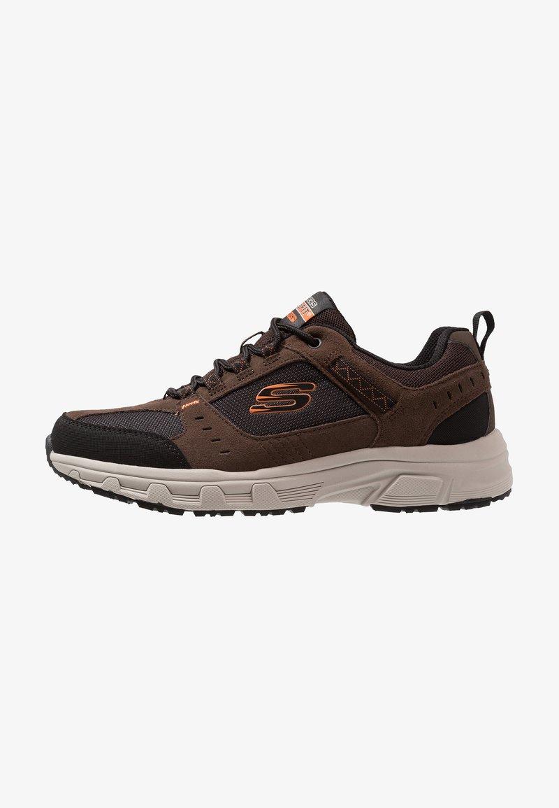 Skechers - OAK CANYON - Sneaker low - chocolate/black