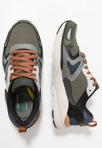 Skechers - VERRADO RELAXED FIT - Sneaker low - gray/olive - 1