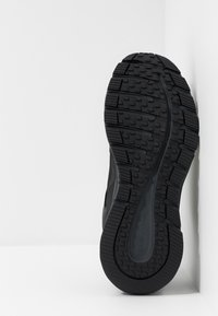 Skechers - ESCAPE PLAN 2.0 - Sneaker low - black/charcoal - 4