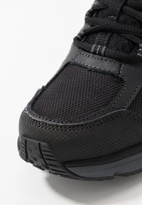 Skechers - ESCAPE PLAN 2.0 - Sneaker low - black/charcoal - 5