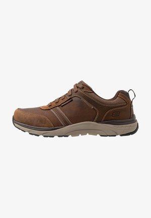 SENTINAL - Sneaker low - dark brown
