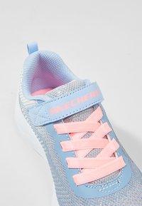 Skechers - GO RUN 600 - Sneaker low - grey /light blue/light pink - 2