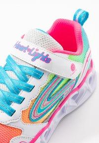 Skechers - HEART LIGHTS - Zapatillas - white/multicolor sparkle - 5