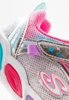 Skechers - SHIMMER BEAMS - Sneakers - silver/multicolor