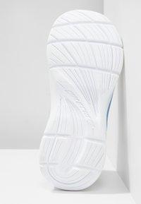 Skechers - TECH GROOVE - Tenisky - gray heather/light blue/lavender - 5