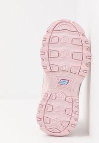 Skechers - D'LITES - Sneakersy niskie - light pink - 5