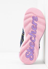 Skechers - SKECH-AIR WAVELENGTH - Trainers - navy/multicolor - 5