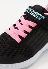 Skechers - DYNA LIGHTS - Zapatillas - black/pink/aqua - 5