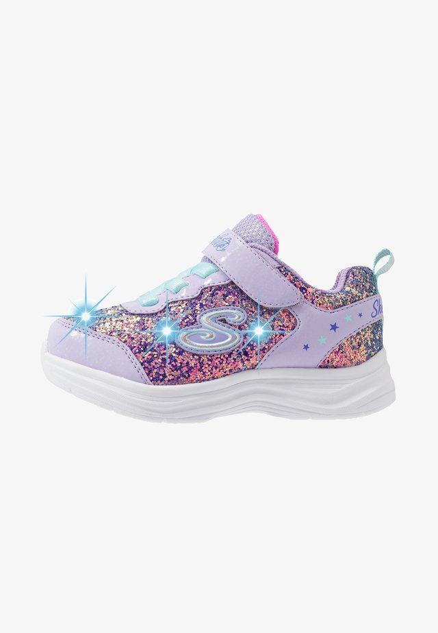 GLIMMER KICKS - Sneakersy niskie - lavender rock glitter/aqua/pink