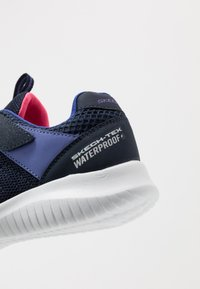 Skechers - ULTRA FLEX - Tenisky - navy/purple - 5