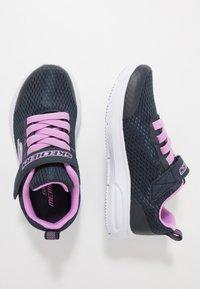 Skechers - DYNA-AIR - Tenisky - navy/lavender - 0