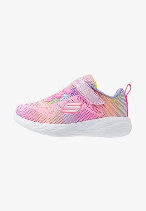 GO RUN - Trainers - light pink/multicolor