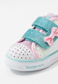 Skechers - SHUFFLE LITE - Trainers - white/pink - 5