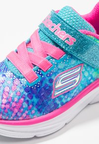 Skechers - WAVY LITES - Zapatillas - multicolor/hot pink - 5