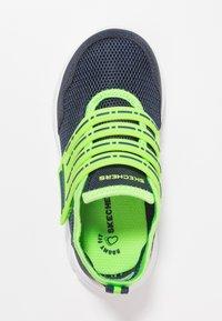 Skechers - COMFY FLEX - Tenisky - navy/lime - 1